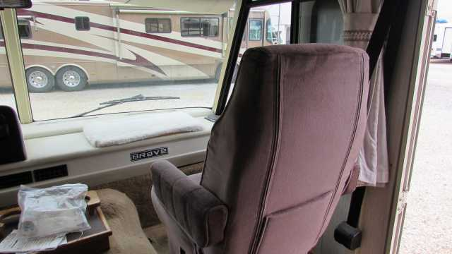 1992 Used Winnebago Brave 23rc Class A In Florida Fl