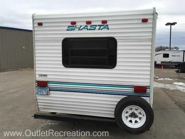 1993 Used Shasta Shasta210FD Travel Trailer in Minnesota MN