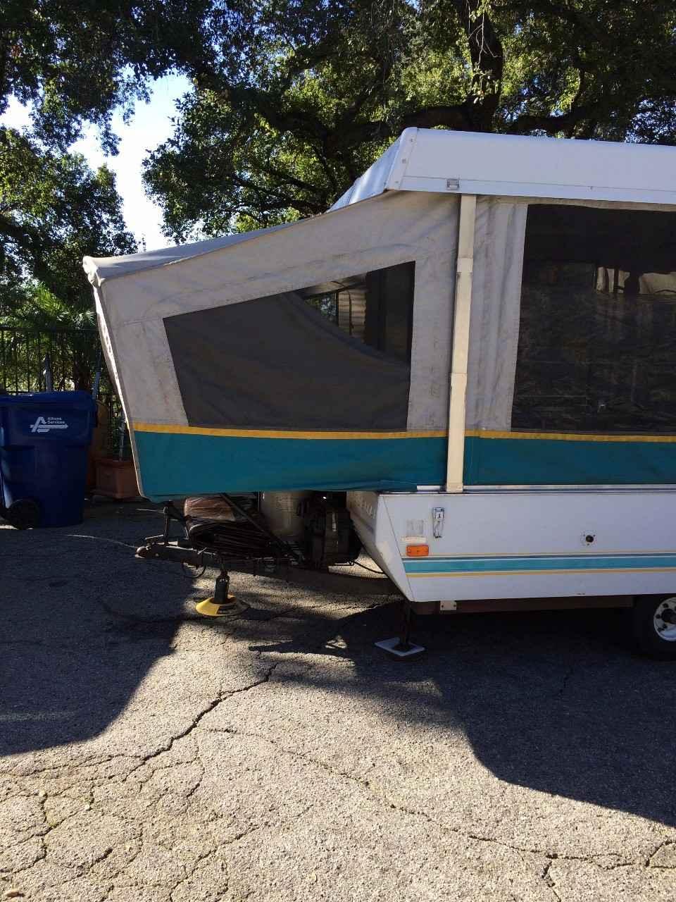 1994 Used Coleman DESTINY CEDAR Pop Up Camper in California CA