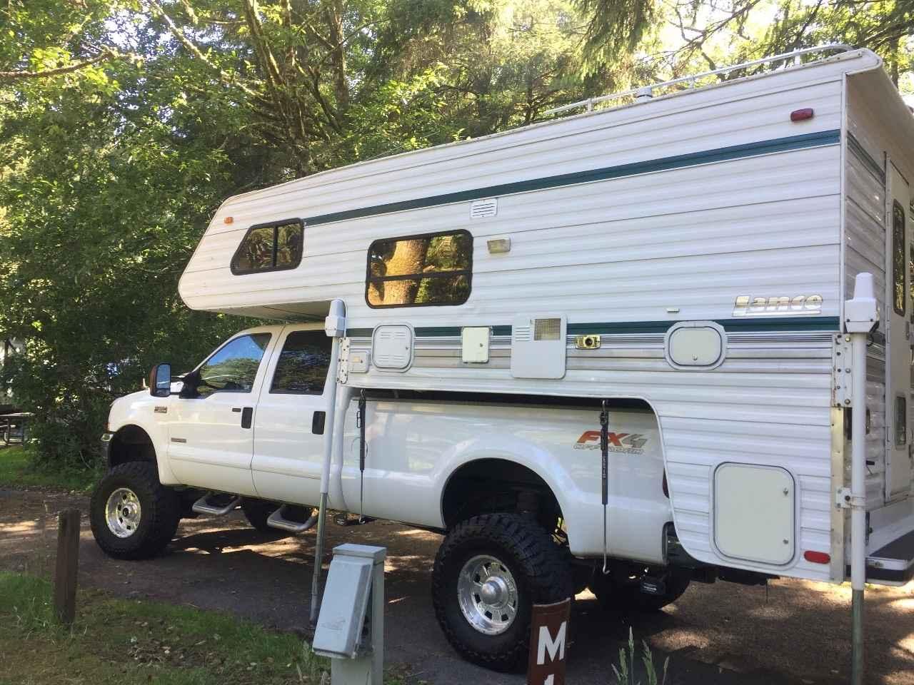 1995 Used Lance 880 Truck Camper In Oregon Or