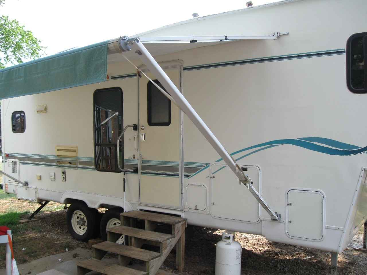 1997 Used Snowbird Fifth Wheel In South Carolina Sc