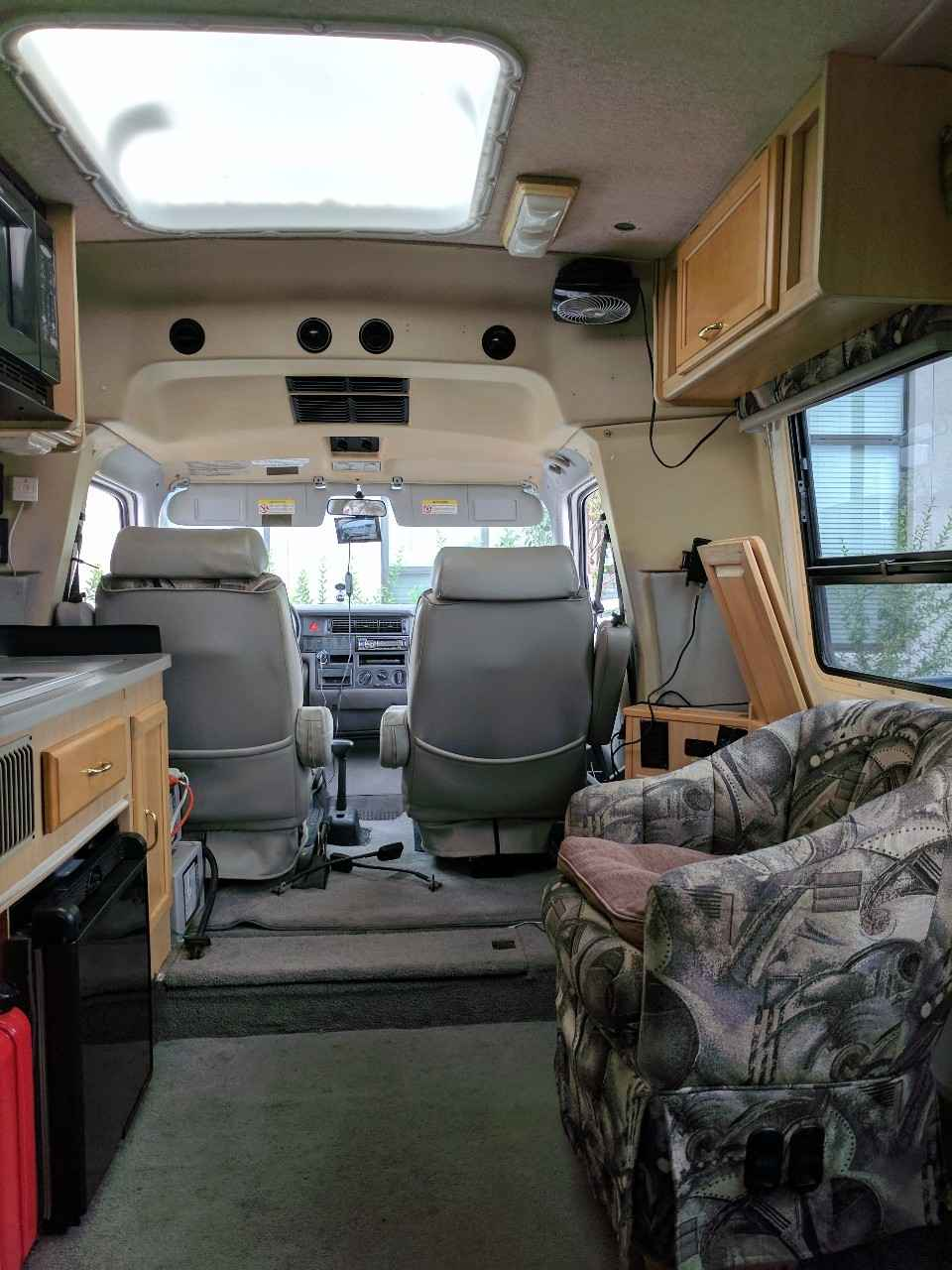 1999 Used Winnebago Eurovan Camper RIALTA RIALTA Class B in