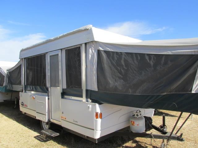 2001 Used Fleetwood Coleman Tacoma Pop Up Camper in Wisconsin WI