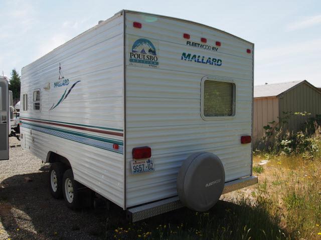 2001 Used Fleetwood Mallard 19N Travel Trailer in Washington WA