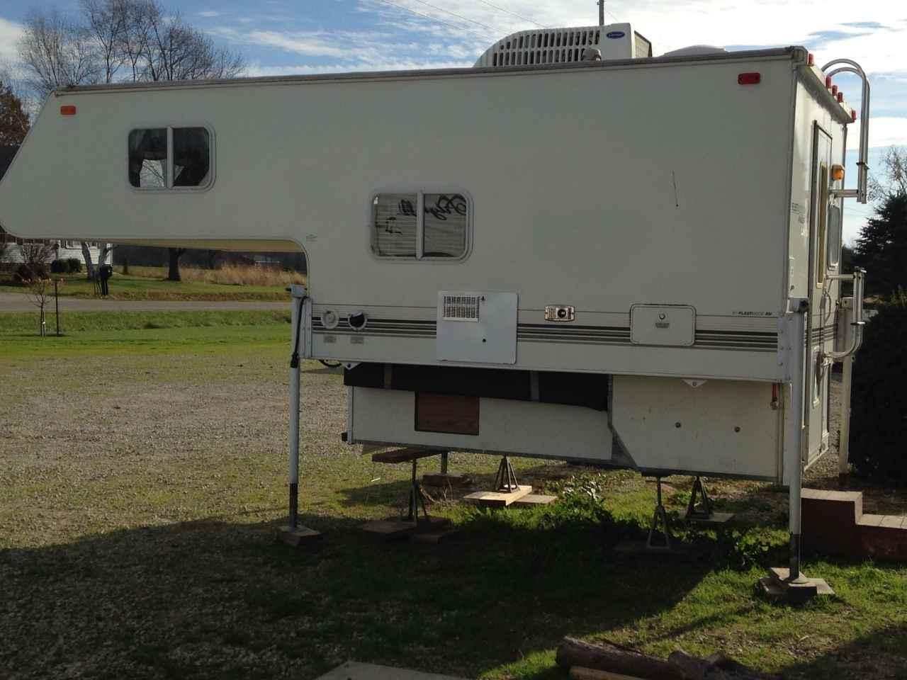 2002 used fleetwood angler truck camper in michigan mi
