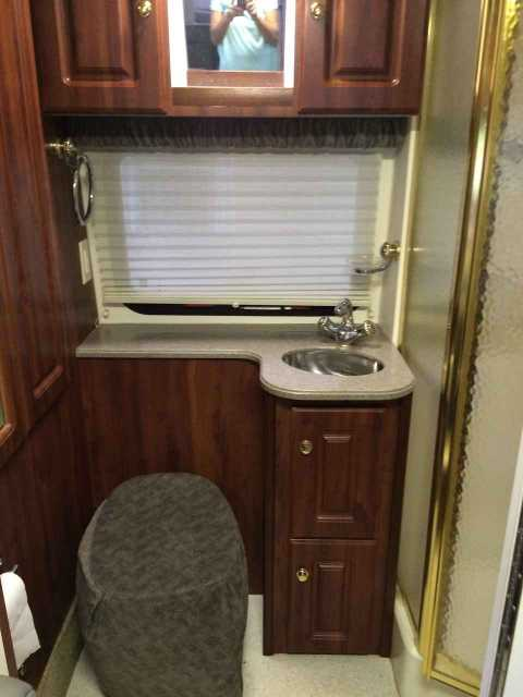 2004 Used Coach House Platinum 272xl Class B In Florida Fl