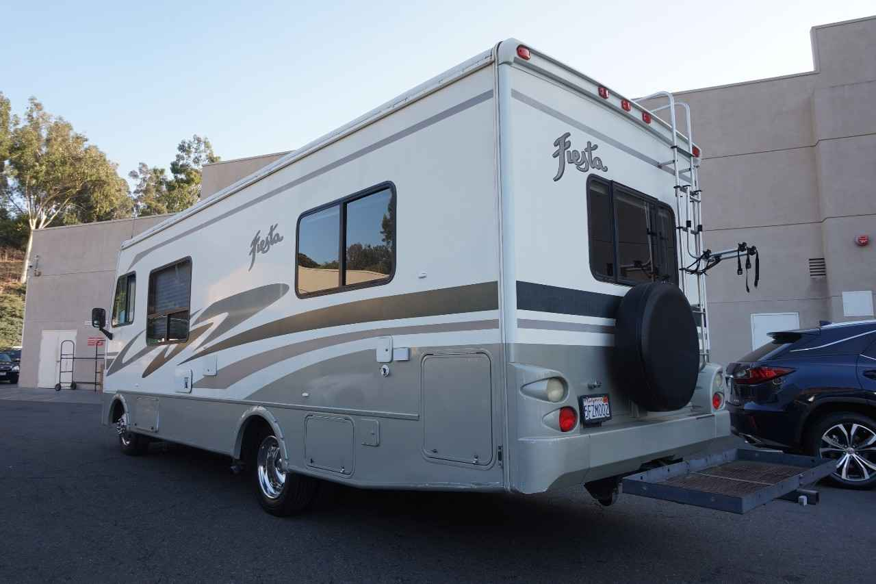 2004 Used Fleetwood Fiesta 26y Class A In California Ca