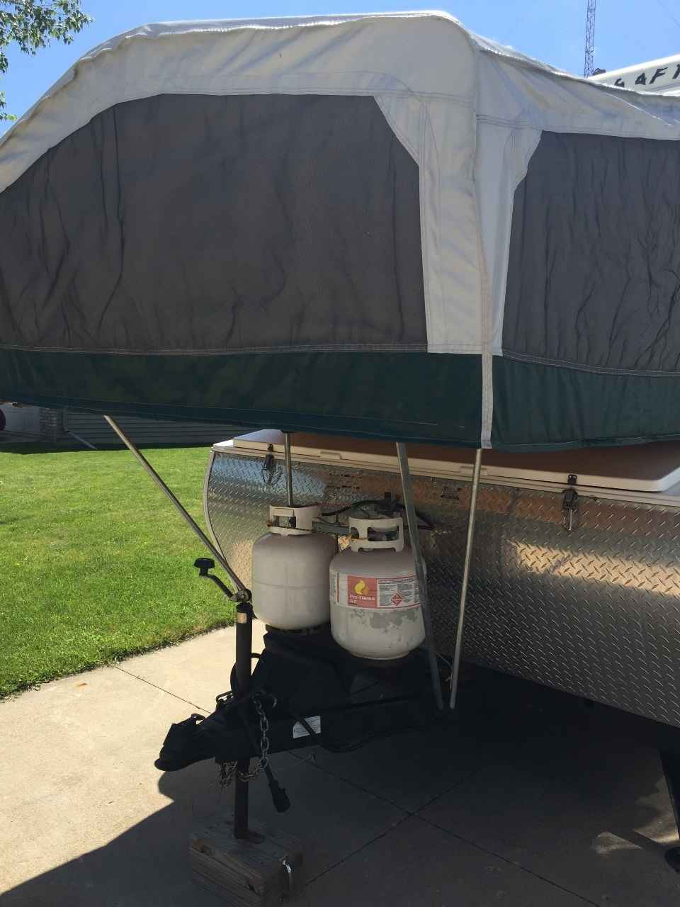 2004 Used Starcraft Centennial Pop Up Camper In Wisconsin Wi