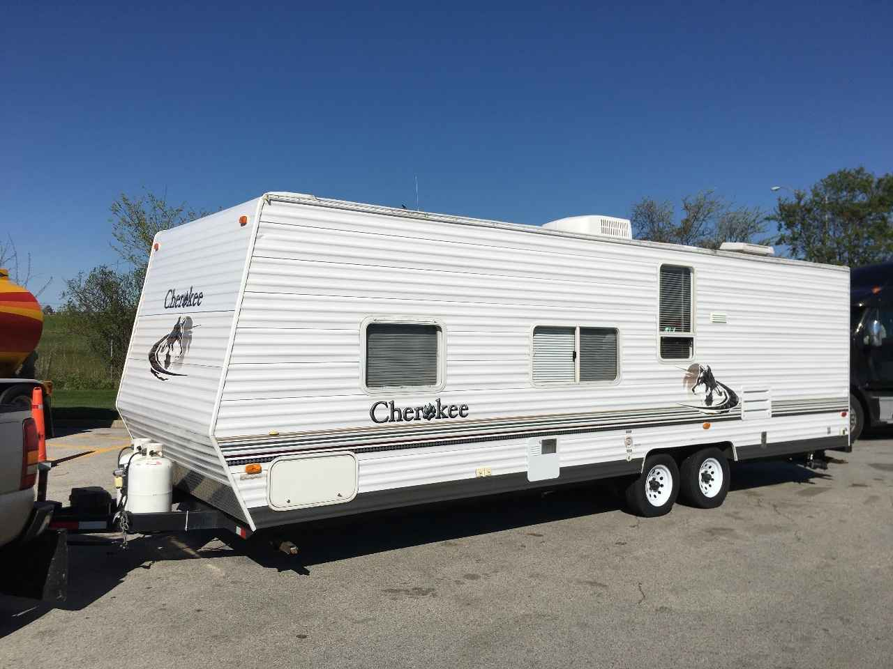 2005 Used Forest River Cherokee Travel Trailer In Illinois Il