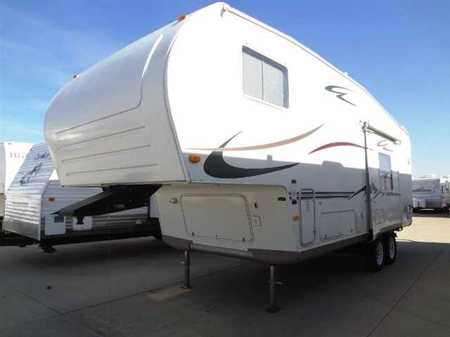 2005 Used Forest River Rv Flagstaff 8524 Cbs Fifth Wheel