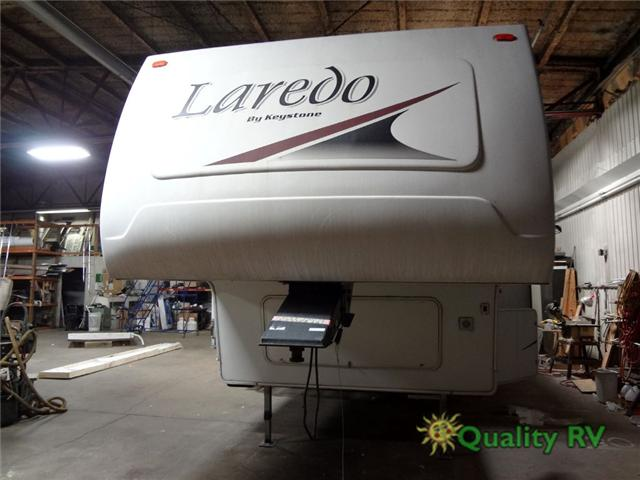 2005 Used Keystone Rv Laredo 29RL Fifth Wheel in Illinois IL