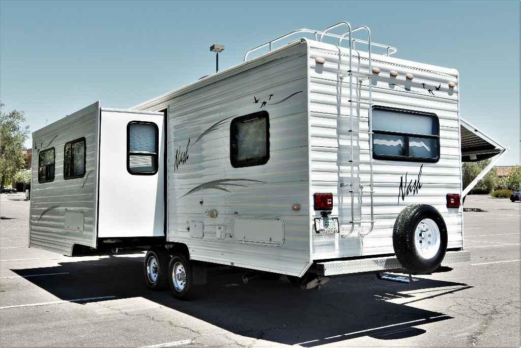 2005 Used Northwood Mfg Nash 26x Travel Trailer In Arizona Az