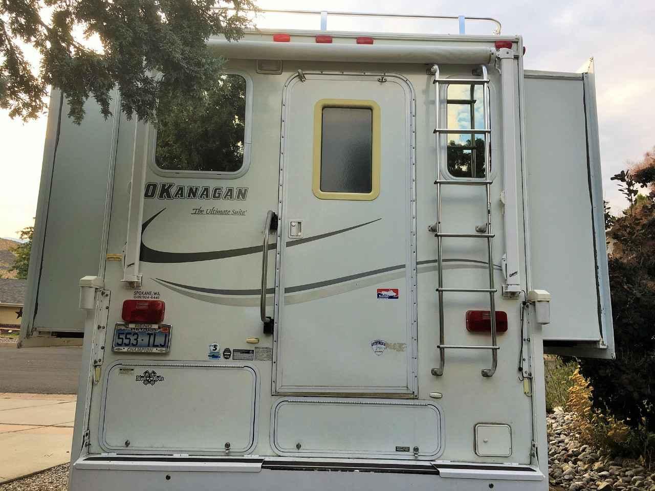 2005 Used Okanagan ULTIMATE SUITE 116ULT Truck Camper in Nevada NV Okanagan Truck Camper Wiring Diagrams on