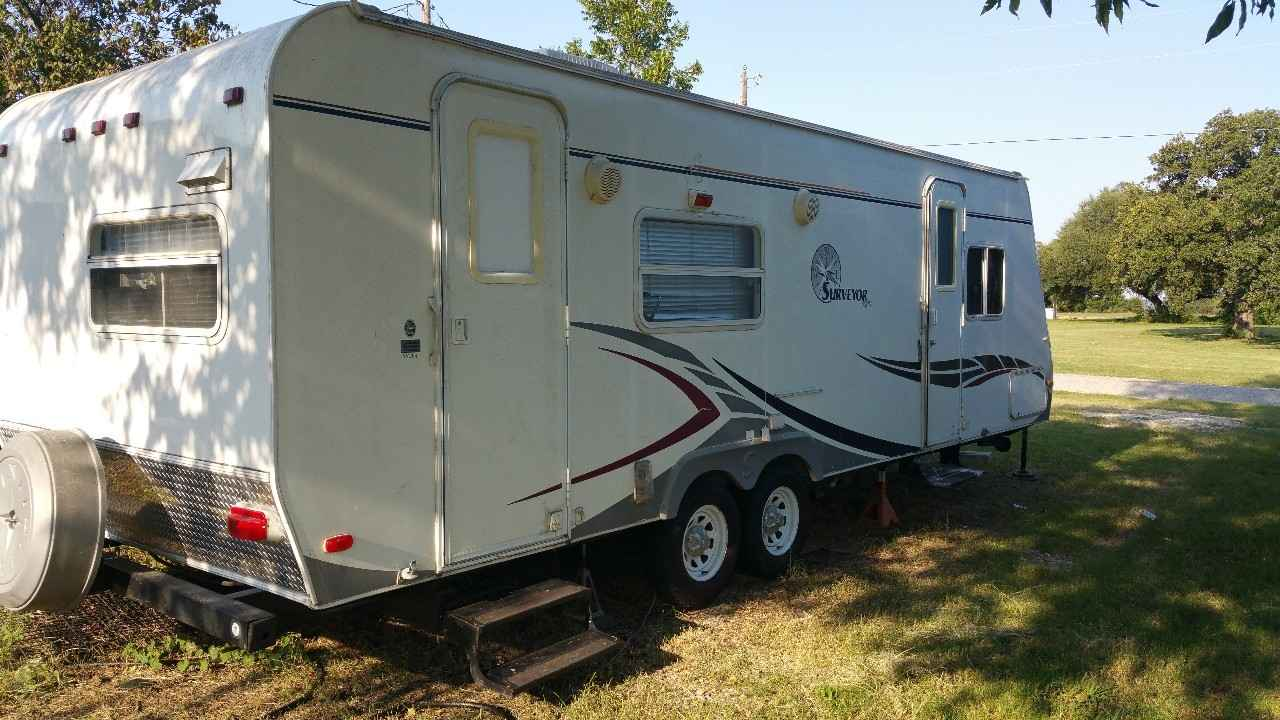 2006 Used Forest River SURVEYOR 264 Travel Trailer in Texas TX