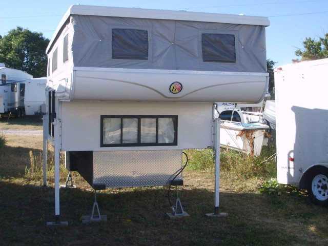 2006 Used Hallmark Guanella Lx Truck Camper In Colorado Co