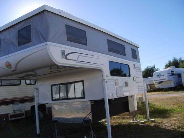 2006 Used Hallmark Guanella Lx Truck Camper In Colorado Co