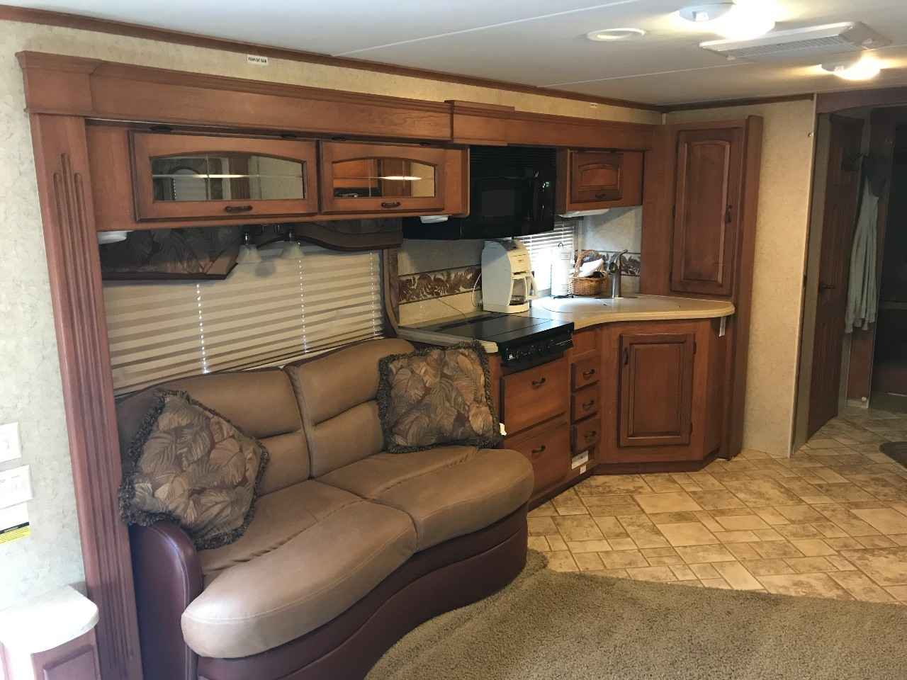 2006 Used Jayco SENECA 35GS Cl C in Kansas KS Jayco Seneca Gs Wiring Diagram on