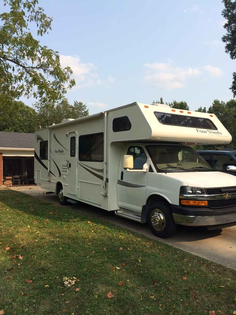 Chevy Dealers Indianapolis 2006 Used Thor Motor Coach FOUR WINDS FIVE THOUSAND 28C ...