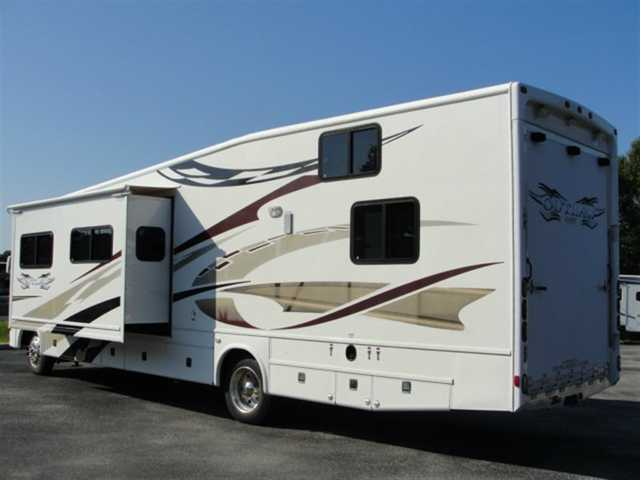 2007 Used Damon Outlaw 3611 Class A In Florida Fl