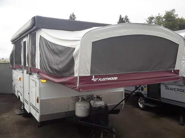 2007 Used Fleetwood Highlander Niagara Pop Up Camper In