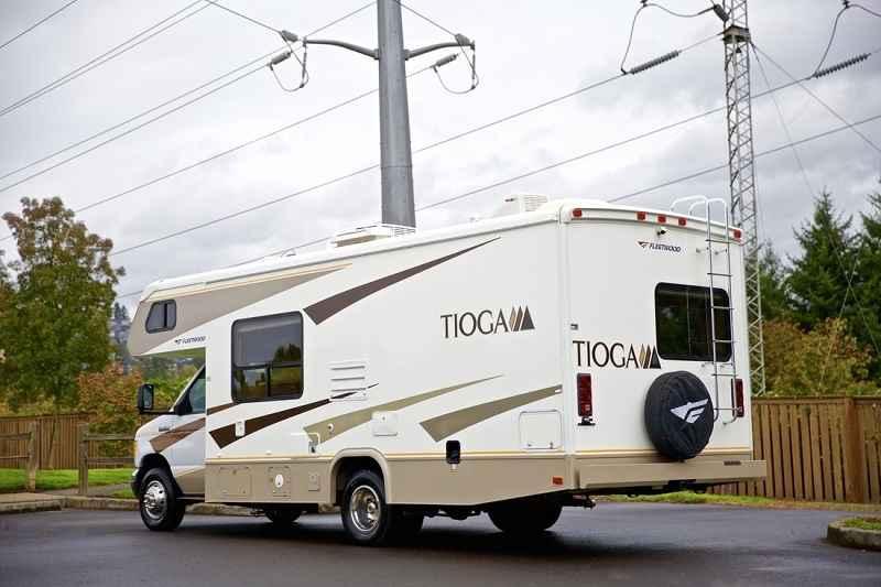 2007 Used Fleetwood Tioga Montara 23bm Class C In Kansas Ks