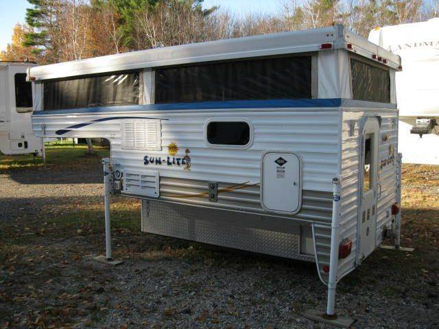 2007 Used Sun-Lite Eagle WT Truck Camper in New Hampshire NH