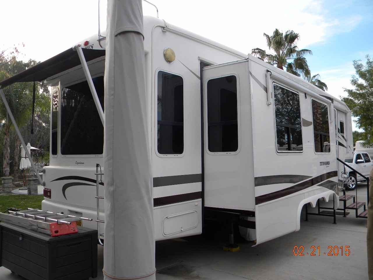 2007 Used Teton Experience Frontier Fifth Wheel In