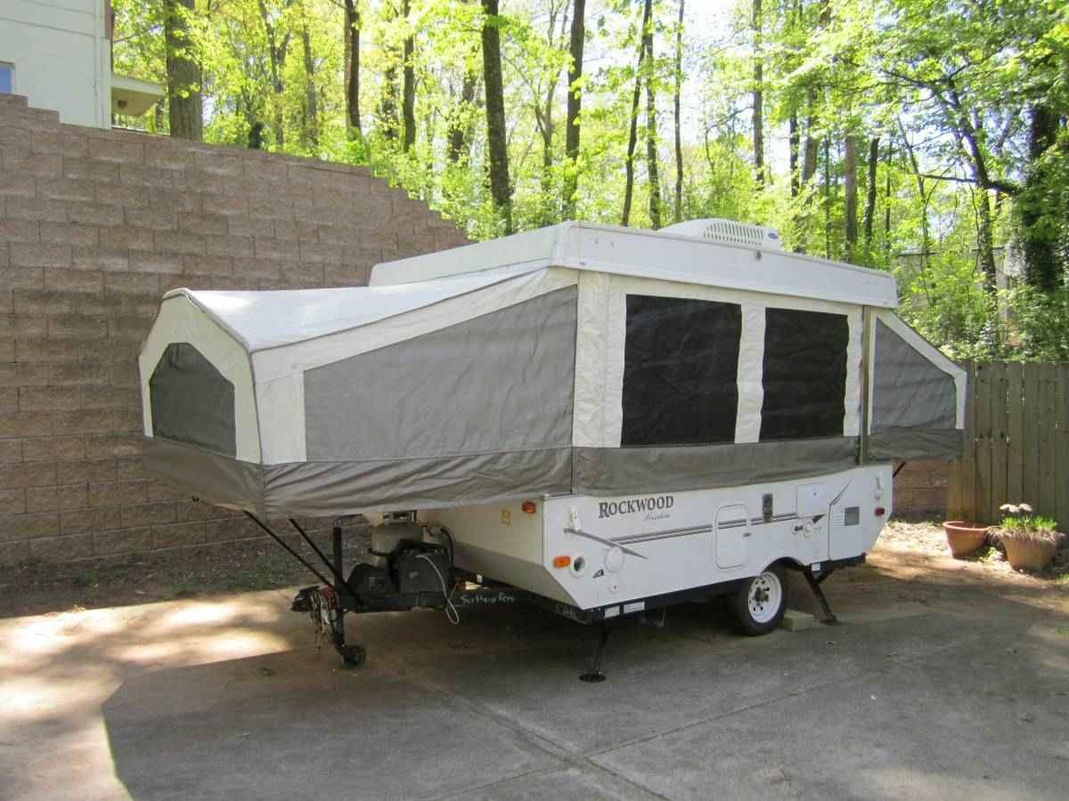 2008 Used Forest River Rockwood 1950 Pop Up Camper In