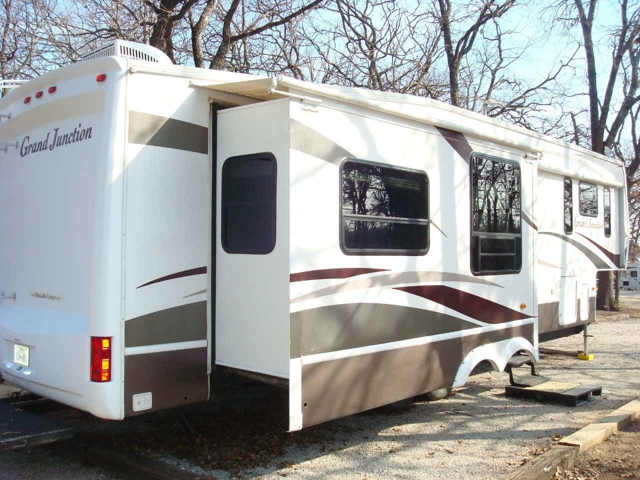 2008 Used Grand Junction 34qre Fifth Wheel In Texas Tx