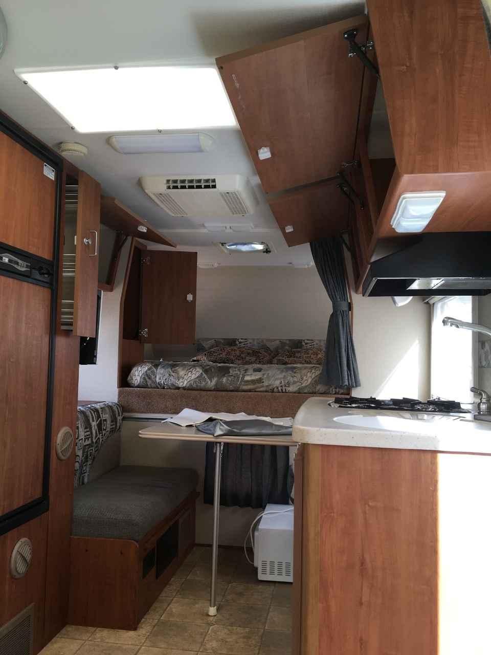 2008 Used Lance 830 Truck Camper In California Ca