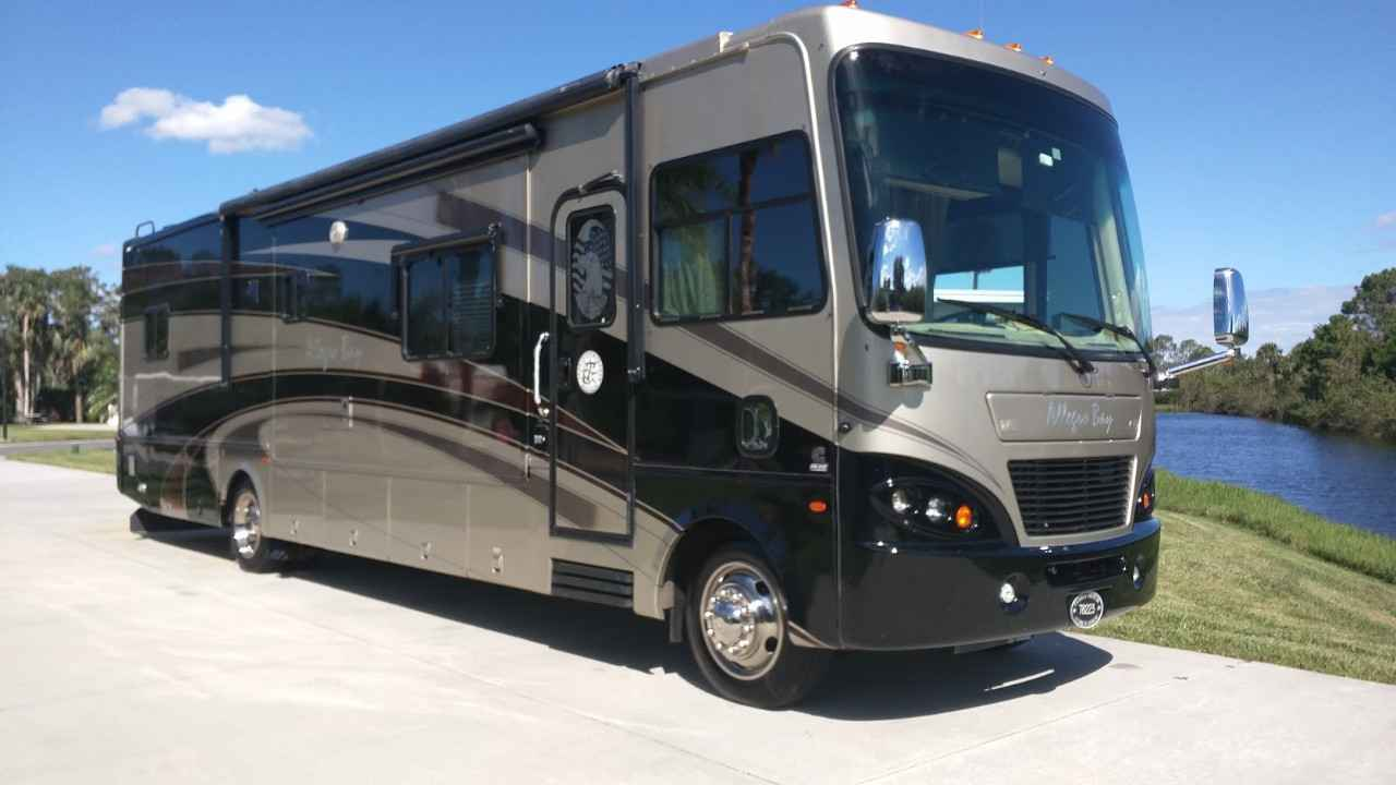 2008 Used Tiffin Motorhomes ALLEGRO BAY Class A in Florida FL
