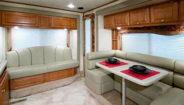 Ford Dealers In Pa >> 2009 Used Host CLASS C MOTORHOME 300 4X4 Class C in Pennsylvania PA