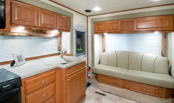 2009 Used Host CLASS C MOTORHOME 300 4X4 Class C in ...