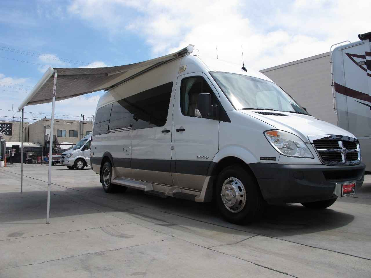 2009 Used Pleasure Way Plateau Ts Class A In California Ca