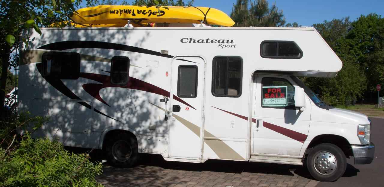 2009 used thor motor coach chateau 23a class c in oregon or for Class c motor coach