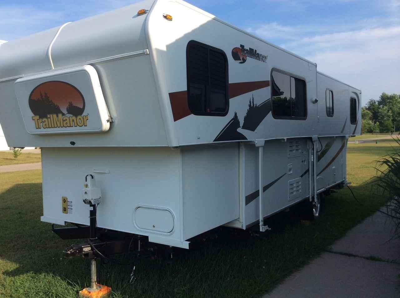 2009 Used Trailmanor 2720SL Pop Up Camper in Michigan MI