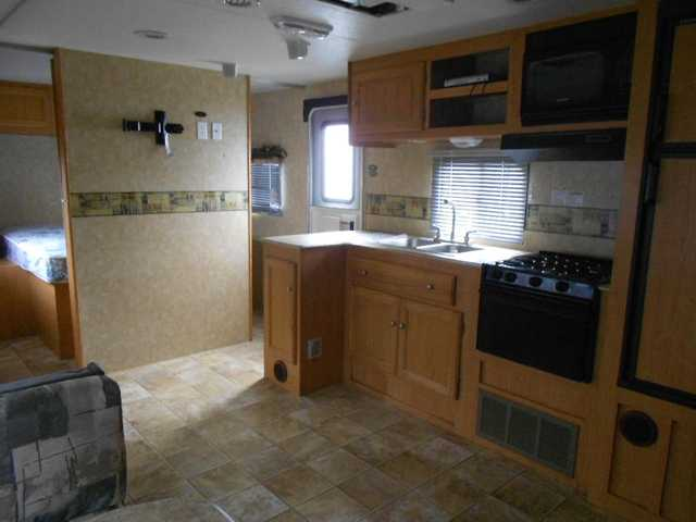 2009 Used Viking Grand Haven 28ds Travel Trailer In