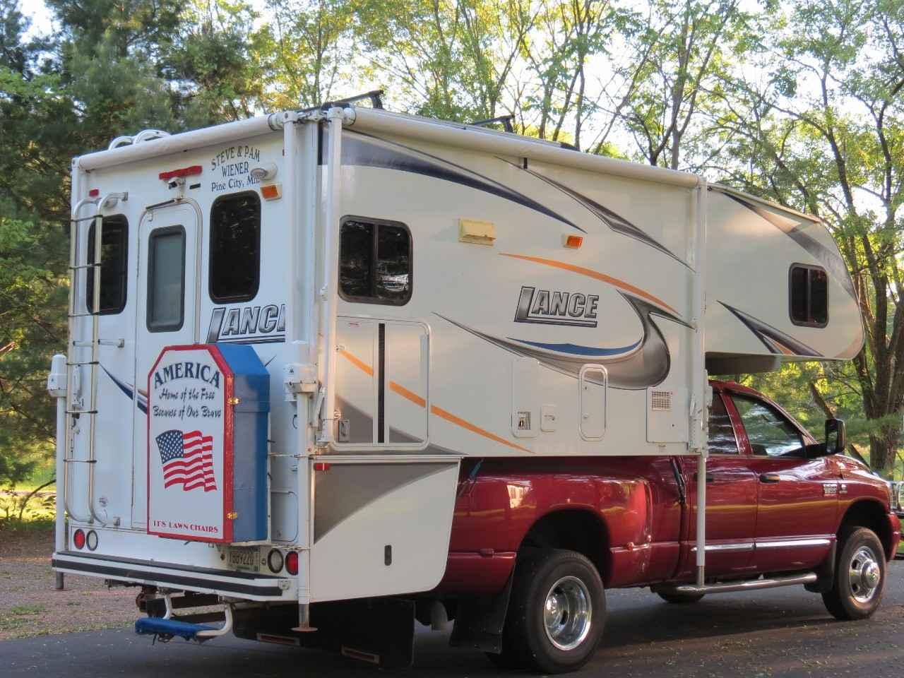 Dodge Dealers Mn >> 2010 Used Lance 1181 Truck Camper in Minnesota MN