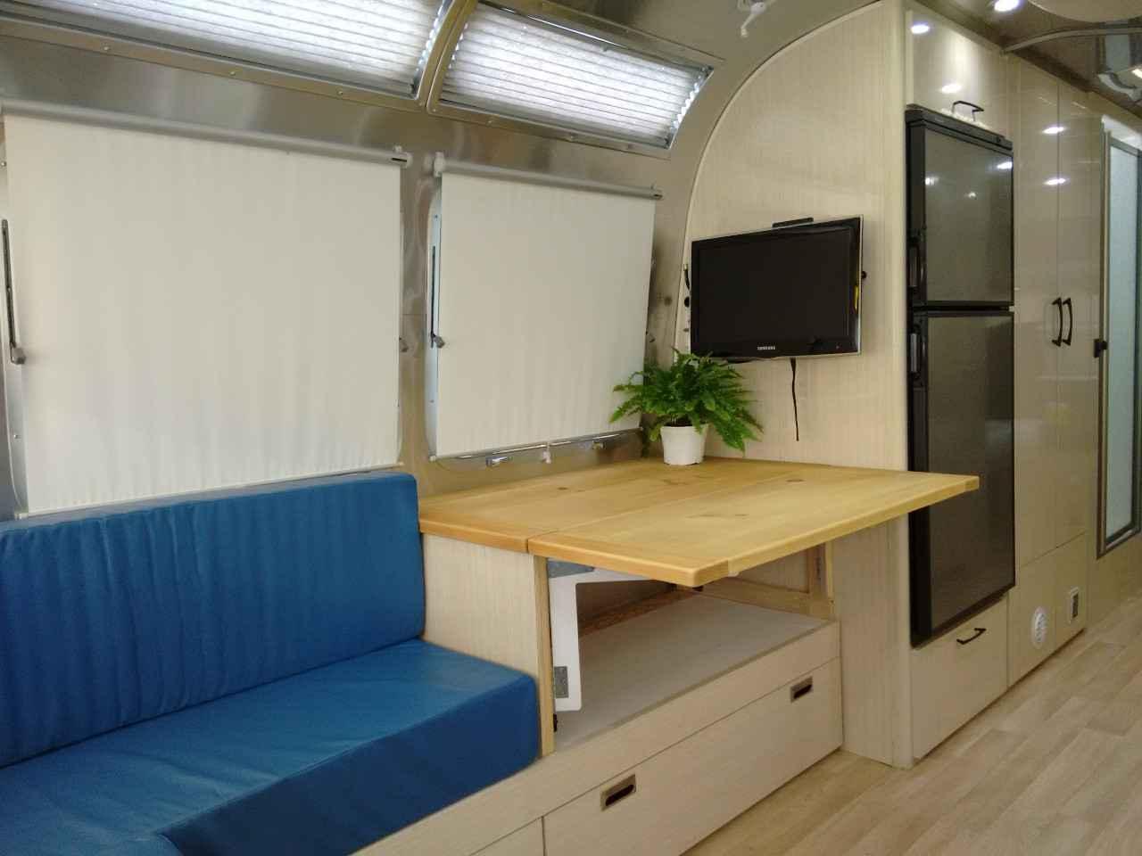 2011 Used Airstream International International Serenity