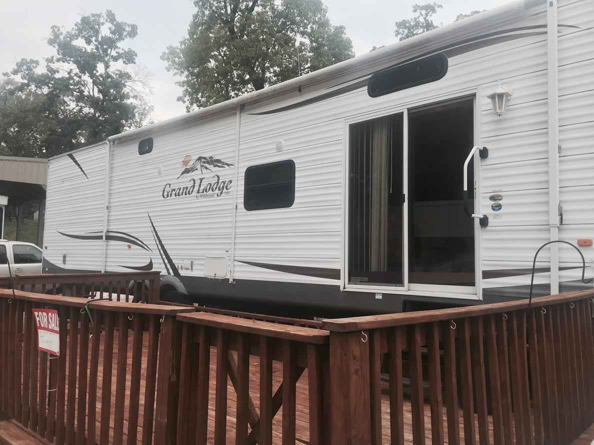 2011 Used Forest River Grand Lodge Park Model In Missouri Mo