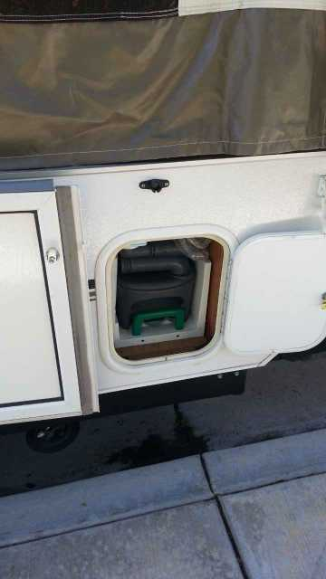 2011 Used Forest River Rockwood Freedom 2318g Pop Up