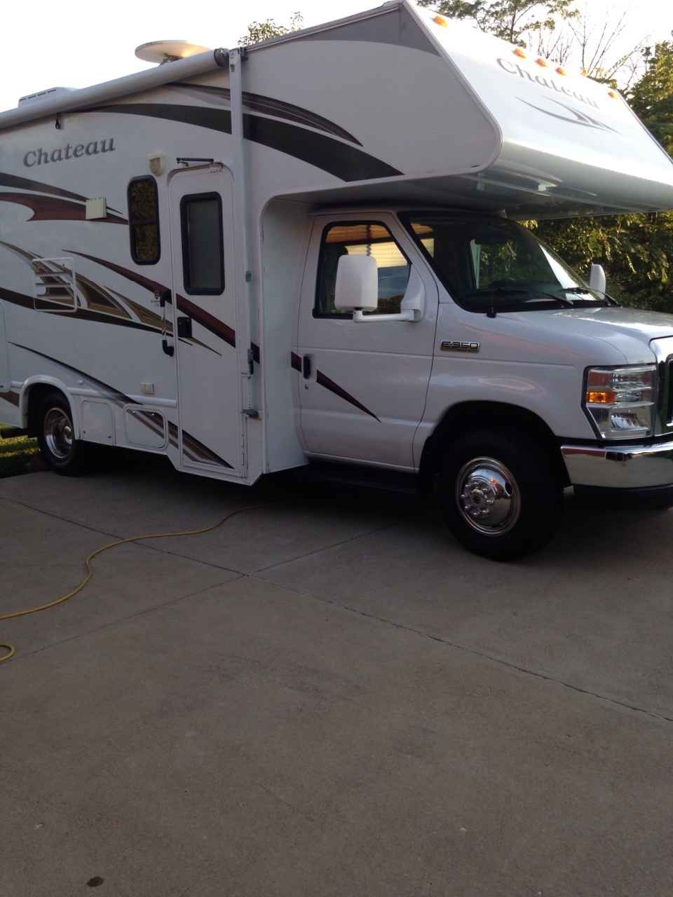 Thor Chateau Super C >> 2011 Used Thor Motor Coach CHATEAU 21C Class C in Indiana IN