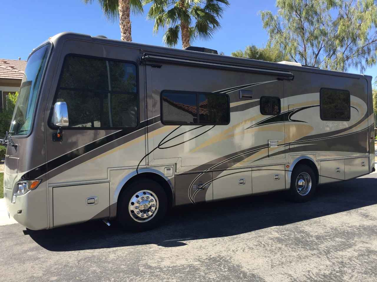 2011 used tiffin motorhomes allegro breeze 28br class a in for Allegro home