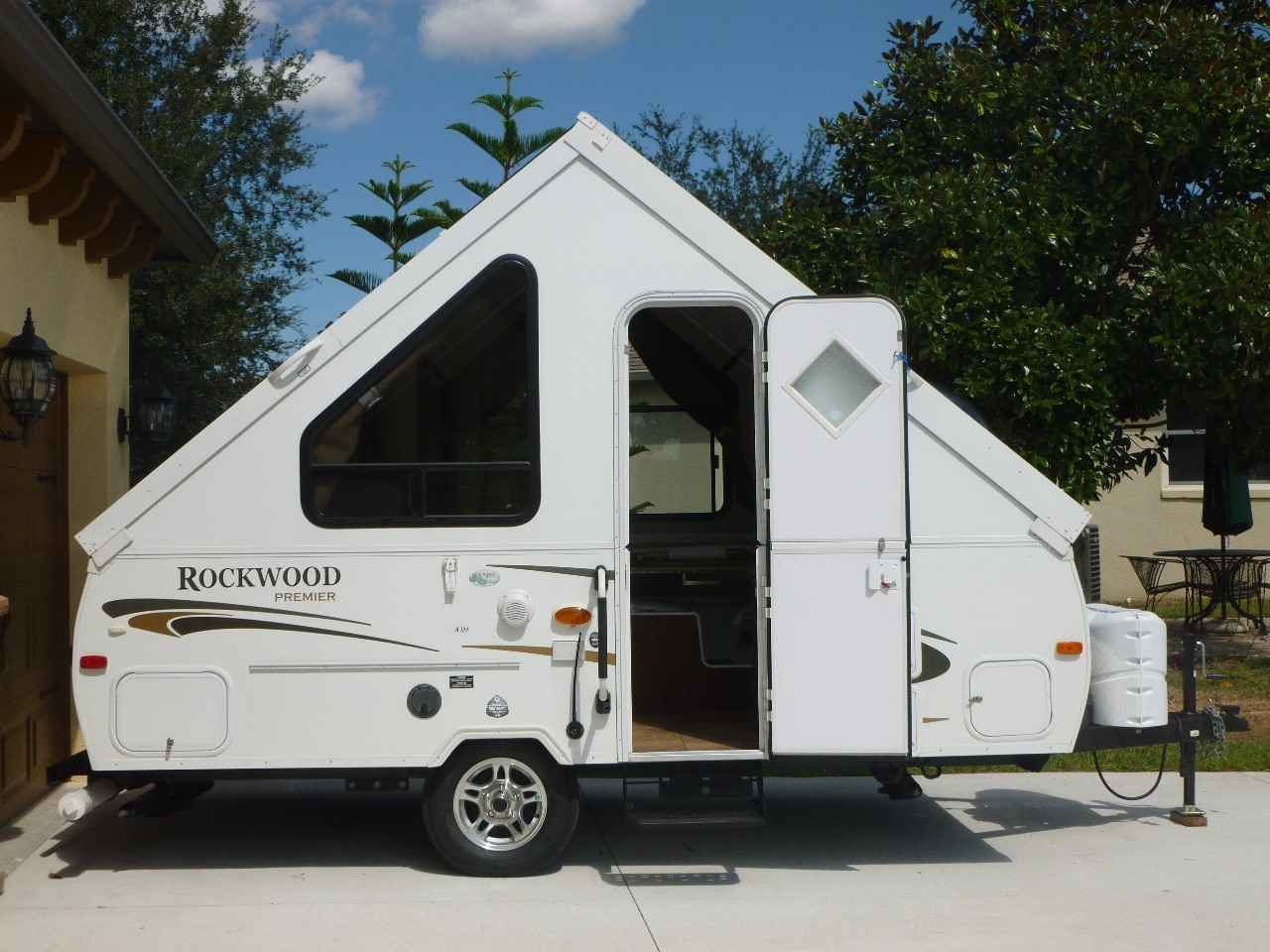 2012 Used Forest River Rockwood Premier A124 Pop Up Camper