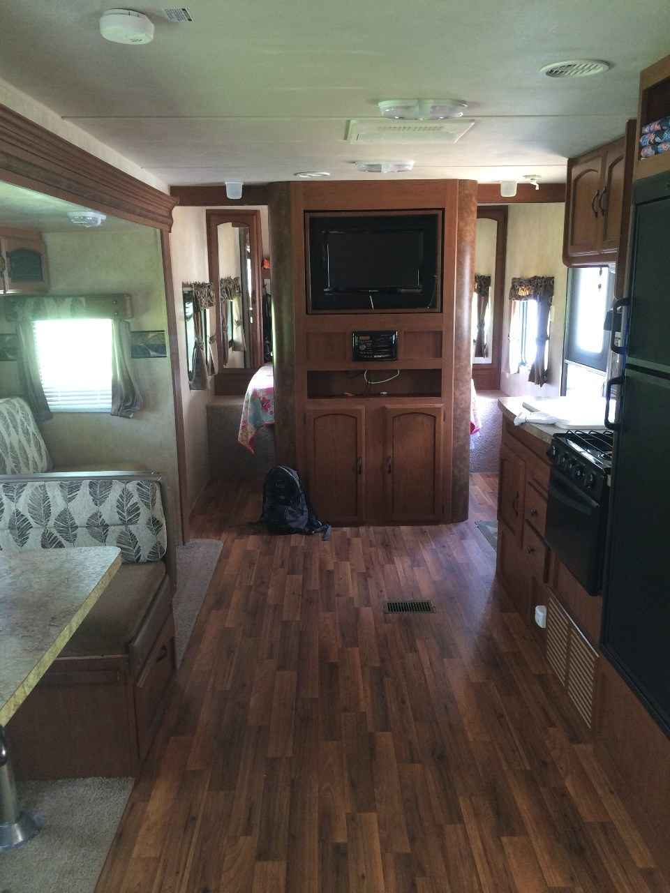 2012 Used Forest River Wildwood 26 Tbss Travel Trailer In