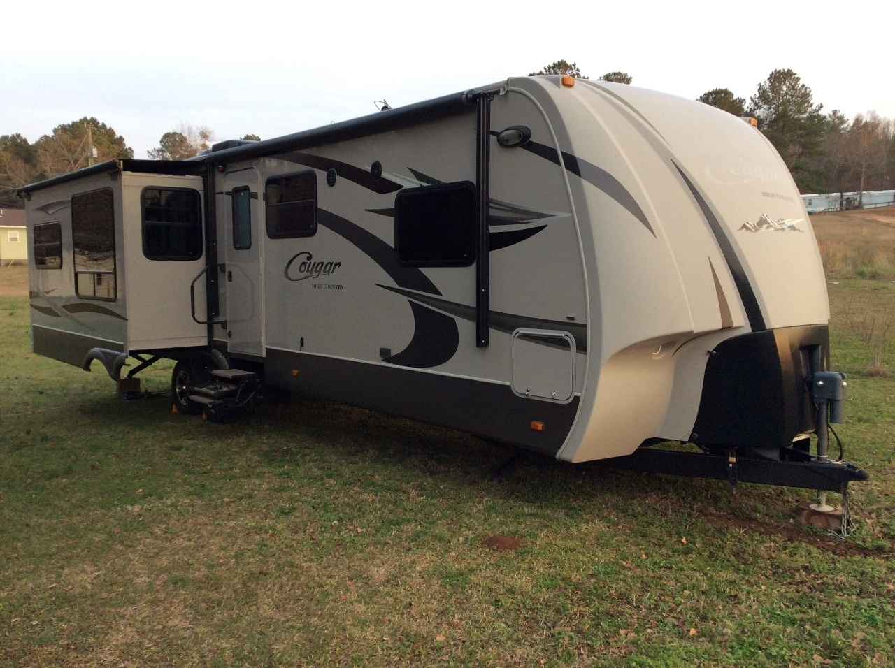 2012 Used Keystone Cougar High Country Travel Trailer In