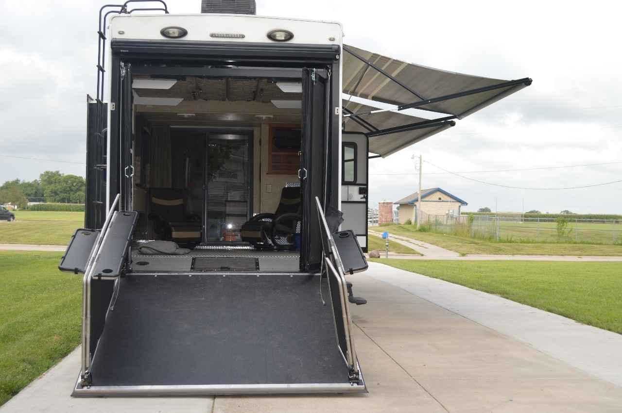 2012 Used Keystone FUZION FZ412 Toy Hauler in Nebraska NE