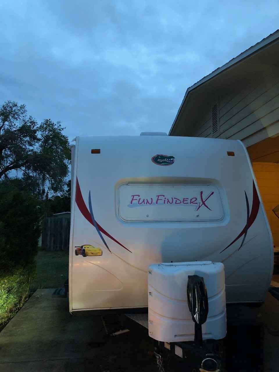 2013 Used Cruiser Rv Corp Fun Finder Xtra Funfinderxtra