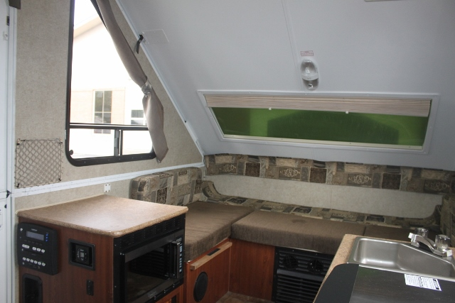 2013 used forest river rockwood a128s a frame pop up camper in washington wa