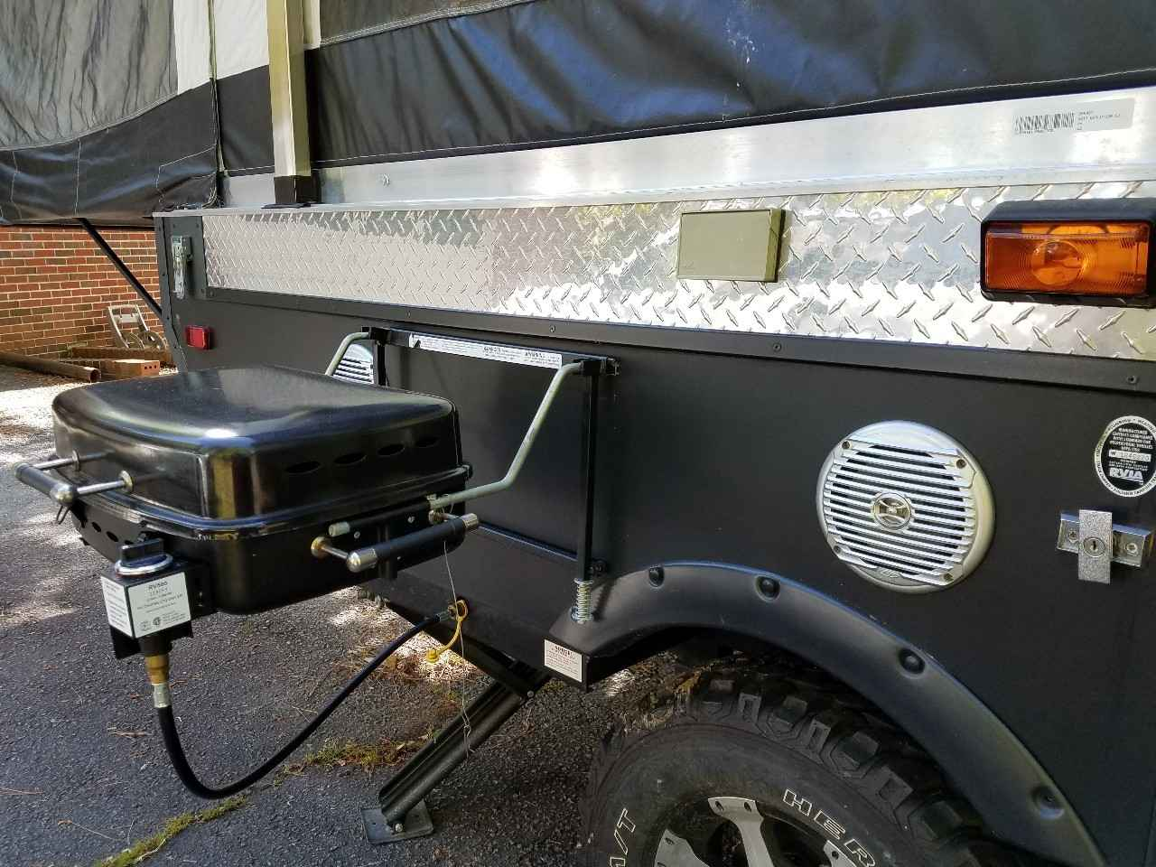 2013 Used Somerset Rv EVOLUTION E2 Pop Up Camper in Alabama AL